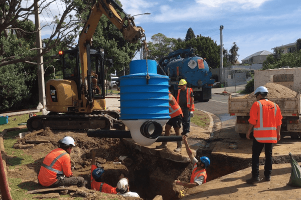 Marine Parade Manhole Replacement - Installation of the Smartstream PE Manhole.