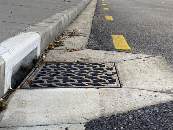 Hydro Slam Lock Stormwater Grate and Frame